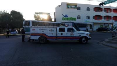 Chocan camiones en Centro de GP; 15 heridos