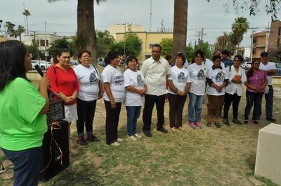 Miembros de Fuundec, Fundem y del Grupo Víctimas por sus Desaparecidos en Acción (Vida), así como del Centro Diocesano para los Derechos Humanos Fray Juan de Larios de Saltillo y Centro de Derechos Humanos Juan Gerardi (Coahuila), se unieron a esa ceremonia de envío.