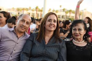 09052017 Sergio, Lupita y Luly.