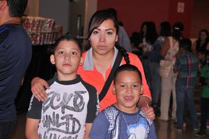 09052017 Sebastián, Brenda y Santiago.