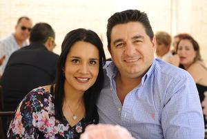 09052017 Claudia y Jesús.