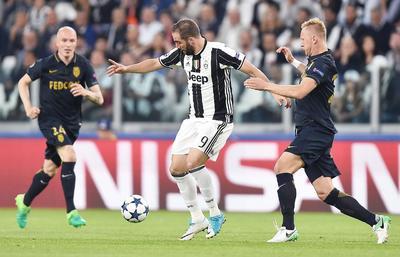 La Juventus entró en los vestuarios en el descanso con una ventaja total de 4-0 que le permitía encarar la segunda mitad con tranquilidad.