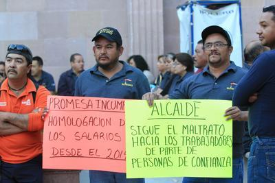 Los empleados denunciaron públicamente maltratos por parte del personal de confianza, así como falta de medicamentos.