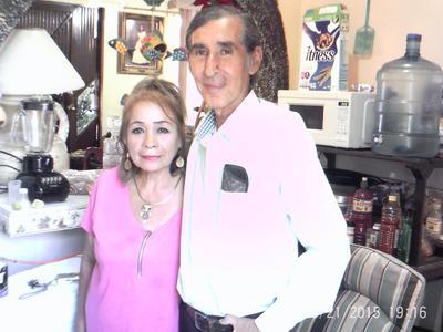 11052017 Cony y Arturo.
