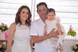 Ana Elena Avilés, Juan Ernesto y Ana Carmen Sifuentes Avilés