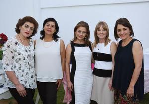 Laura, Paty, Reyna, Lety y Gina