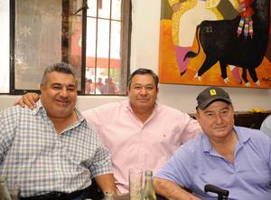 Alejandro, Rafael y Ernesto