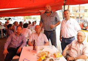 José Luis, Armando, Bernabé Jr., Bernabé y Luis