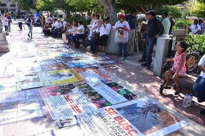 Fin de la marcha en la Plaza de Armas de Torreón.
