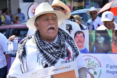 Durante el recorrido los manifestantes exigieron a las autoridades resultados.