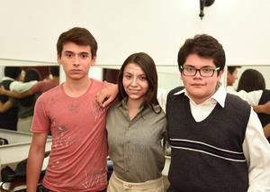 15052017 Carlos, Hannia y Zahul.