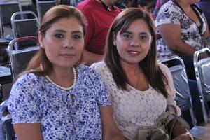 16052017 EN RECIENTE EVENTO.  Patricia y Claudia.