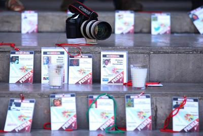 """""""En 2016 fueron 11 periodistas asesinados, vamos en el quinto mes y parece que vamos a superar esas cifras"""", comentó Juan Caros Aguilar de 'Derecho a Informar'."""