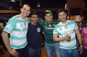 17052017 Eduardo, Alexis, Elber y Armando.