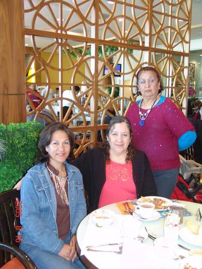 18052017 Isela, Blanca y Gloria.
