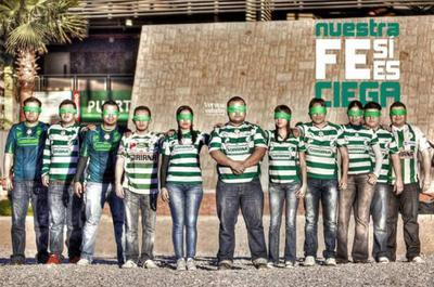 18052017 Aficionados al Santos.