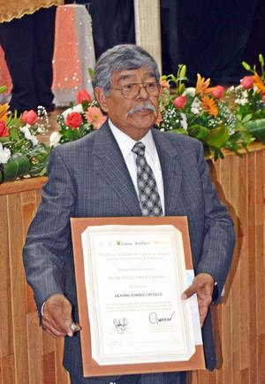 18052017 Erasmo Torres Castillo, Jefe de Sector del municipio de Francisco I. Madero, Coah., cumplió 50 años de servicio.