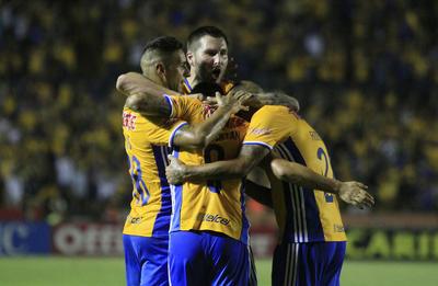Tigres venció sin problemas a los Xolos 2-0.