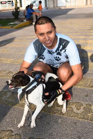 21052017 PASEO COLóN.  Jacob y Zambo.