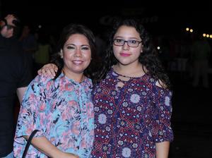 22052017 CONTENTAS.  Aracely y Sofía.