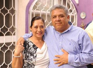 21052017 EN RECIENTE EVENTO.  Delia y Rafael.