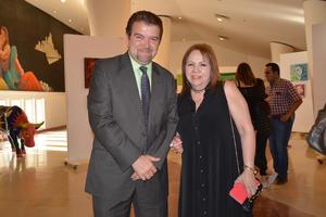 21052017 Omar Lozano Cantú y Guadalupe Caballero de Backmann.