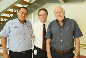 23052017 Mariano Mico, Edgar Ravelo y Costantino Jiménez.