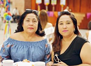 24052017 EN FESTEJO.  Ana Lilia y Lourdes.