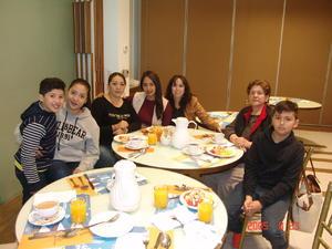 24052017 Emiliano, Laura, Marcela, Stephania, Leticia, Alicia y José Ángel.