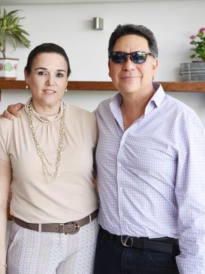 24052017 Cristina y Gilberto.