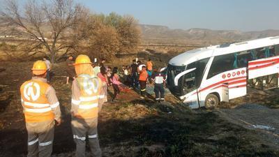 El accidente se registró sobre en la carretera Gómez Palacio-Durango.