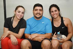 25052017 Endora, Luis y Karina.