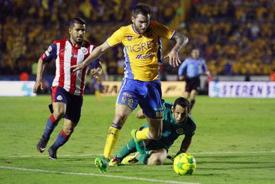 Con una aparición de Gignac en los albures del partido, Tigres sigue en la lucha del bicampeonato.