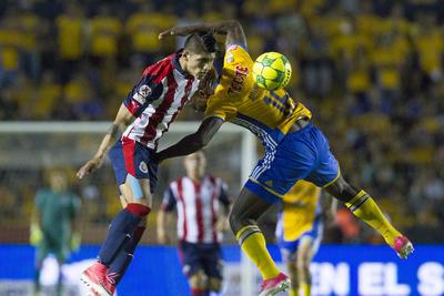 Chivas consiguió aventajar a la UANL durante la primera etapa del partido.