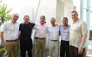 Héctor, Vicente, Diego, Mario, Salvador y Alfredo
