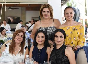 Juliana, Marcela, Cecy, Laura y Mayte