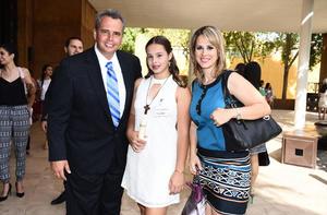 Manuel, Luly y Lulú