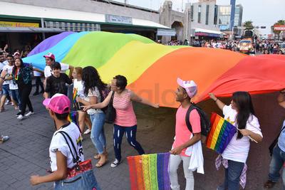 El Centro de Torreón se llenó de color.