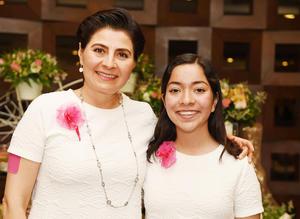 29052017 Gabriela González y Luisa Fernanda Villarreal.