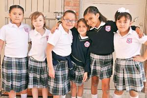 28052017 COMPAñERITAS.  Zoé, Penélope, Cesiah, Ana Camila, María Regina y Sura.
