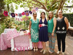 28052017 BABY PARA PALOMA.  Paloma Yunue de Urbina en su fiesta de canastilla.