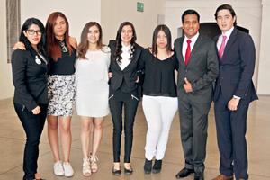 30052017 MUY CONTENTOS.  Mariana, Alexandra, Jennifer, Karla, Rosy, Sergo y Fernando.