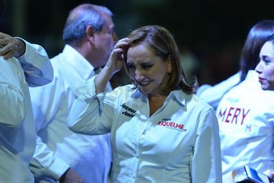 Ruiz Massieu, secretaria general del partido, también asistió al acto.