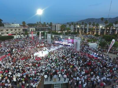 La Plaza Mayor fue el escenario para el cierre de campaña en Torreón.