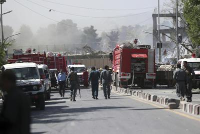 Los dos últimos ataques de envergadura con bomba en Kabul, el último de ellos a principios de mes y ocurridos también en el área diplomática, fueron reivindicados por el grupo terrorista Estado Islámico.