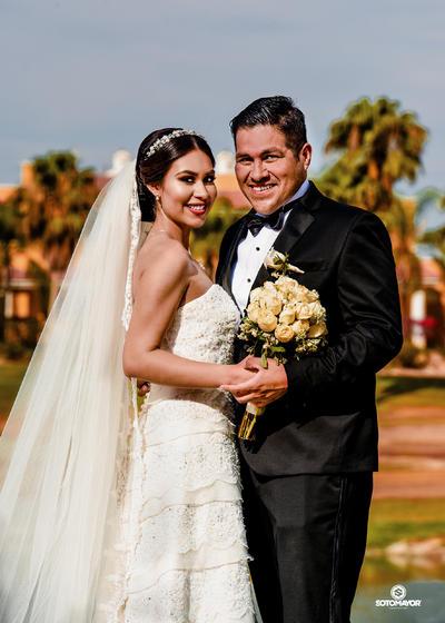 04062017 Carmen Gabriela Quintero Pachecano y Edgar Narciso Morales Tovar unieron sus vidas en sagrado matrimonio. - Erick Sotomayor Fotografía.