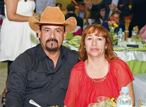 01062017 EN FESTEJO.  José y Blanca.