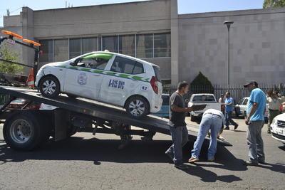 En caso extremo de accidente las unidades no cuentan con póliza de seguro como lo marca la ley.