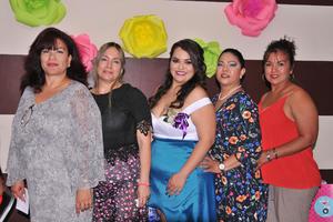 02062017 Karen Estefanía Villalobos López en su despedida de soltera.