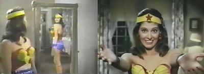 """Tras el éxito de la irreverente serie de televisión del Batman de 1966, sus productores decidieron un año después lanzar una serie de Wonder Woman en plan sitcom. El episodio piloto de aquel nuevo intento, es como una cápsula del tiempo que recuerda el humor rancio y la terrible situación de la mujer en la década de los 60: cuando """"Diana"""" no es reprochada por su madre sobre no tener marido, está contemplando su belleza superficial en el espejo. La actriz Ellie Wood Walker interpreta a la """"Mujer Maravilla""""."""
